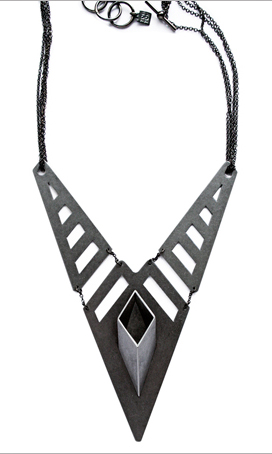 4.3.2.1._Tom_tom_shape_shape_it_up_necklace