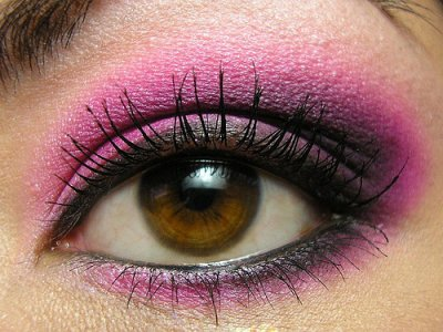 hot-pink-make-up-style