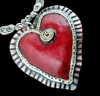 wink_artisans_heart_me_necklace