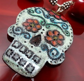 wink_artisans_sugar_skull_necklace
