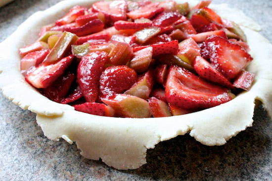 image of Rhubarb and Strawberry Pie