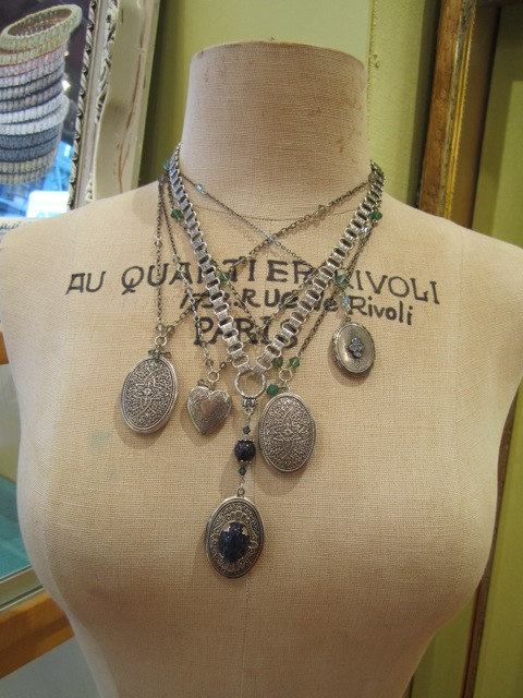 image of Gallery of Jewels Silver Lockets
