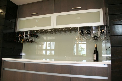 image of glass backsplash