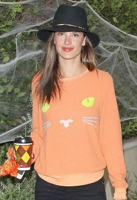 Alessandra Ambrosio wearing Janessa Leone Stephen Hat