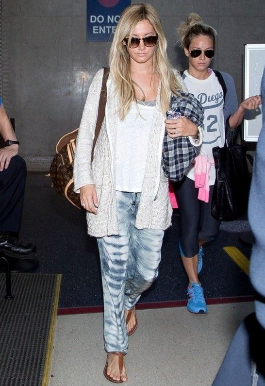 Ashley Tisdale in Sam Edelman