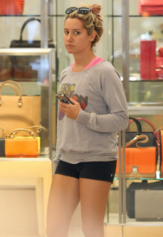 Ashley Tisdale in Chaser