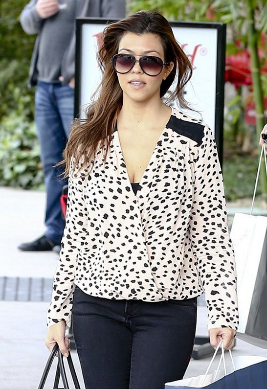 Kourtney Kardashian in Sam & Lavi