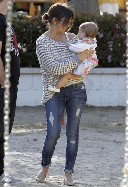 Kourtney Kardashian in Hudson Jeans