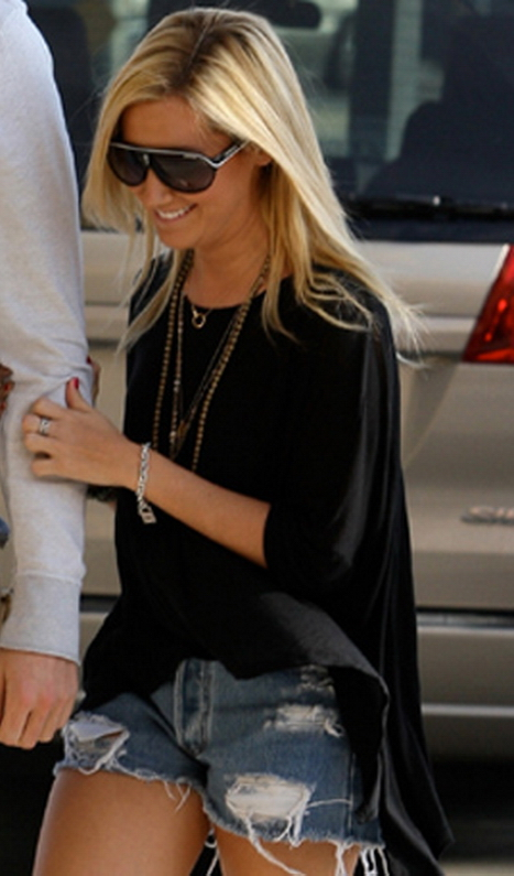 Ashley Tisdale in Carrera