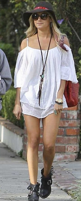 Ashley Tisdale in Lovely Bird