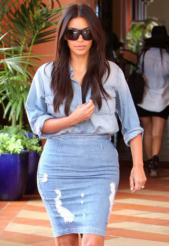 Kim Kardashian wearing Current/Elliott Perfect Shirt in Pier