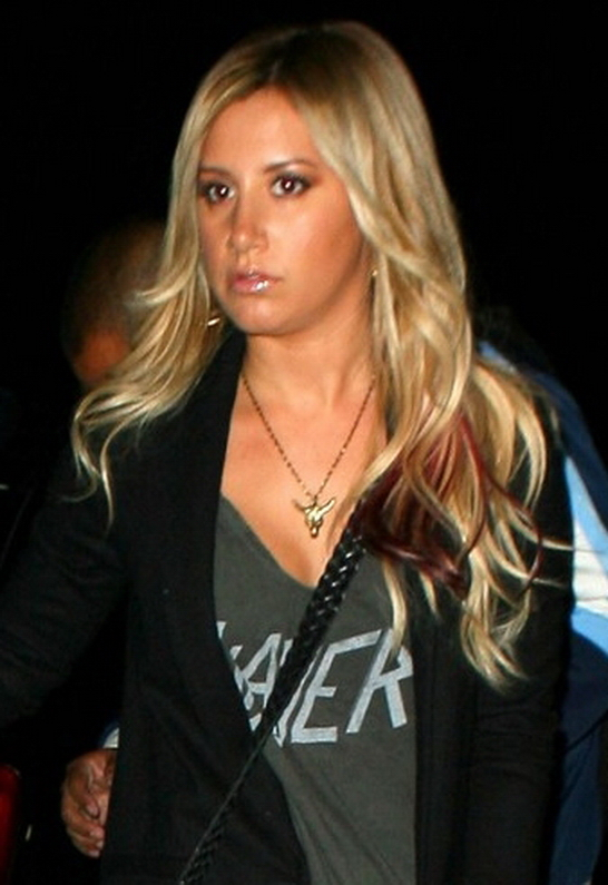 Ashley Tisdale in Vanessa Mooney