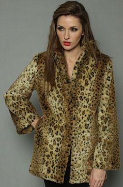 The_Husky_Coat_in_Leopard
