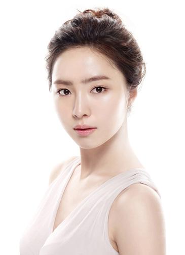 image of dewy skin sekyung shisedo