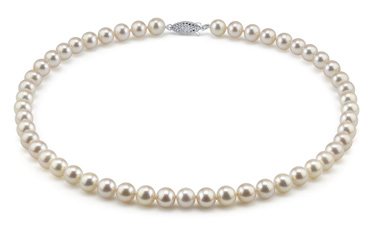 image of freshwater pearl necklace