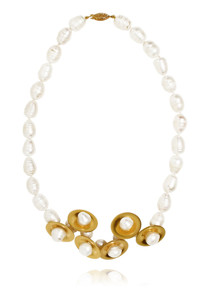 image of Ana Locking Golden discs and pearls necklace