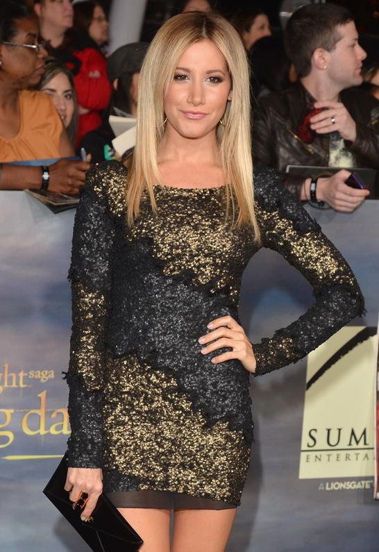 Ashley Tisdale in Aje