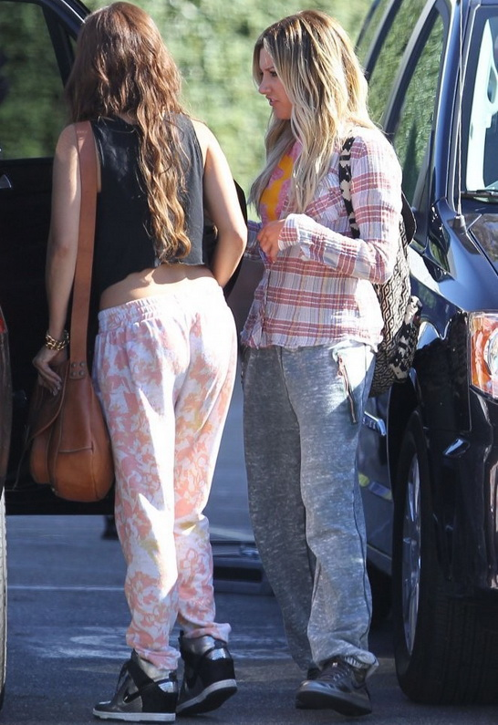 Ashley Tisdale in Kings Of Cole