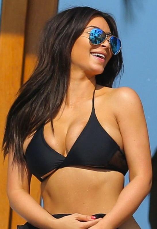 Kim Kardashian in Ray-Ban