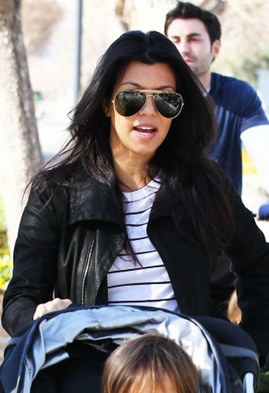 Kourtney Kardashian in Ray-Ban
